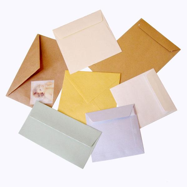 Конверты с сургучной печатью придают подарку особый шарм. нажмите на...